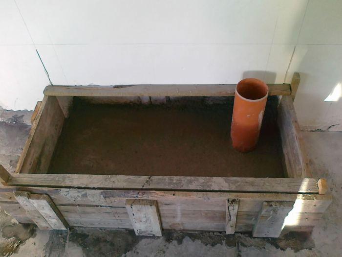 3.wykonaniepierwszejwarstwyperlito-betonu.jpg