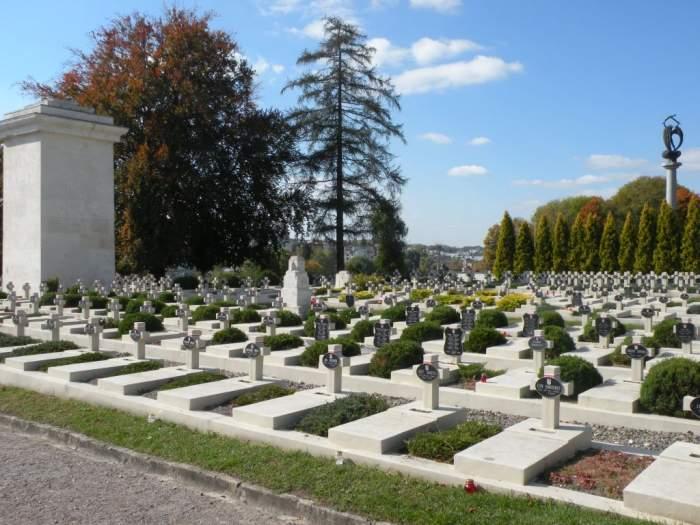 cmentarz-orlat-lwowskich.jpg