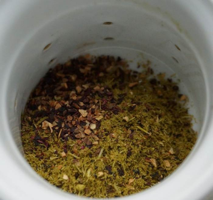herbata-sosna-roza-1.jpg